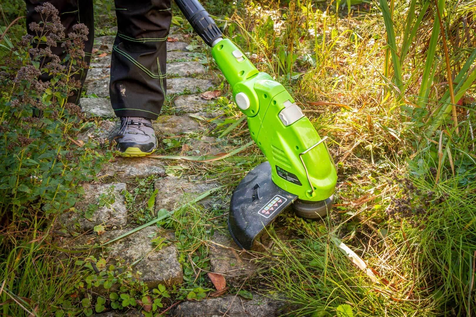 ZIPPER ZI-GPS182G Gartenpflegeset Motorsense Trimmer Heckenschere Astsäge *NEU*